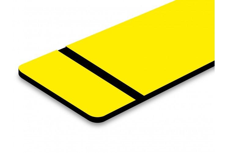 plaque jaune texte noir