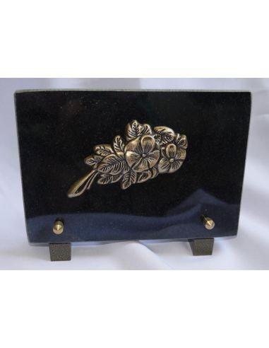 Plaque funéraire avec fleur en bronze