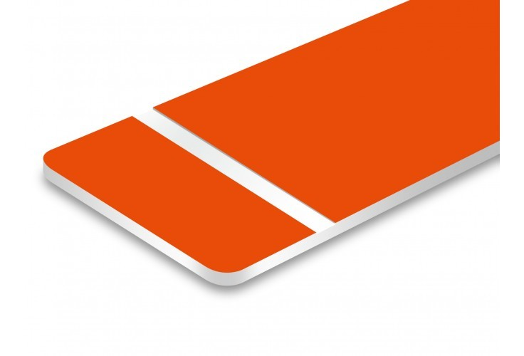 plaque orange texte blanc